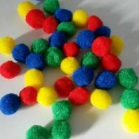 mainan anak-anak edukasi mainan edukasi : pom pom 2cm termurah