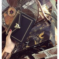 Tas Fashion Import Kulit Selempang Black Jalan Luxury Wanita