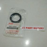 Oil seal transfer case belakang suzuki jimny katana.