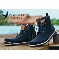 Moofeat Haston Black / Boots Haston