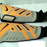 Dekker Protect shinguard Nike original Protegga Shield abu abu orange