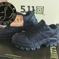 Sepatu kets 511 Hitam
