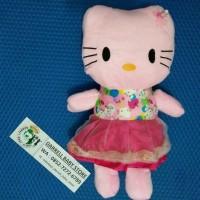 Boneka Hello Kitty Gaun / Kado / Hadiah / Souvenir