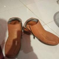 sepatu kulit semi boots levis 501