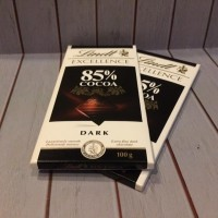 Lindt Excellence Chocolate Dark Cocoa 85% Coklat Bar