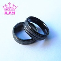 Jual Cincin Couple / Cincin Titanium / Cincin Black Hitam Pasir Garis Murah