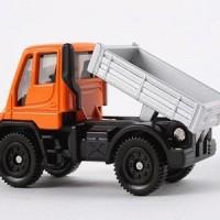Tomica N0 22 Mercedez Unimog Miniatur Mobil Truck Replika Diecast Truk