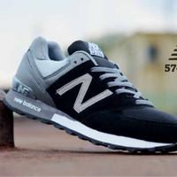 Sepatu NEW BALANCE 574 Men