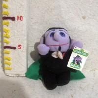Boneka Count von Count Original Sesame Street Mini Bean Pals