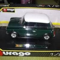 Diecast Bburago 1:24 - Mini Cooper (1969)