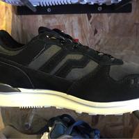 harga Sepatu Casual Piero Jogger Premium Shadow Black/raven/off White Murah Tokopedia.com