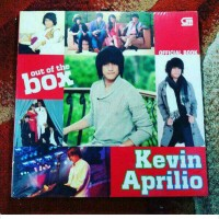 Buku Kevin Aprilio - Out Of The Box (Official Book) Vierra Band