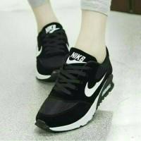 harga Sepatu Olahraga Nike Hitam Putih Wanita Cewek Cewe Sekolah Boots Boot Tokopedia.com