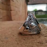 emban cincin perak handmade ukir klasik elegant batu oval