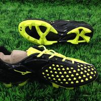 TERLARIS Sepatu Bola Mizuno Ignitus - Black Yellow