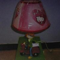 lampu hias meja belajar model hello kitty cocok di kamar tidur anak