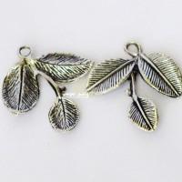 Jual Charm/Pendant/liontin Tiga Daun Silver Murah