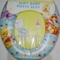 Potty training winnie the pooh , pispot bayi