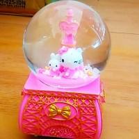 Kotak musik hello kitty melody snowglobe kado valentine lagu galau