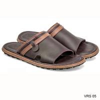 VRS 05   Sandal Pria Cocok untuk Lebaran Branded Everflow 39-43
