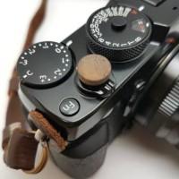 Artisan Obscura Soft Shutter Release Button - Walnut