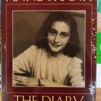 The Diary Of A Young Girl By Anne Frank And B.m. Mooyaart