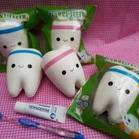 Squishy licensed I love teeth by Sanqi Elan