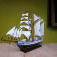 Miniatur Kapal KRI Dewaruci | Souvenir Kado UNIK Murah Meriah