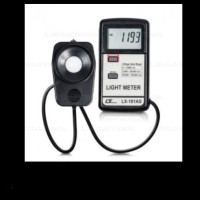 LUTRON LX-101A LUX METER / LIGHT METER