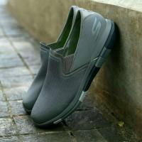 Sepatu Skechers Pria GoFlex Walk