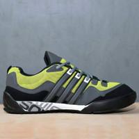 Sepatu Grade Ori Sneakers Outdoor Adidas Terrex Swift Solo Style Pria