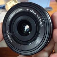 Lensa Olympus 14-42mm EZ pancake hitam 98% baru