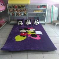 Jual Karpet Karakter Bulu Rasfur Motif Mickey & Minnie Mouse Murah