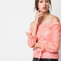 harga Duapola Lace Ribbon Sleeves Sabrina Blouse Pink Peach (1249) Tokopedia.com