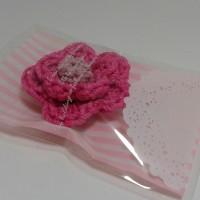 Jual Souvenir bros rajut bunga / free plastik cantik /souvenir rajut Murah