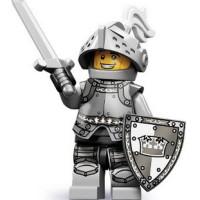 Heroic Knight (ziplock) Lego 71000 Minifigure Series 9 no 4