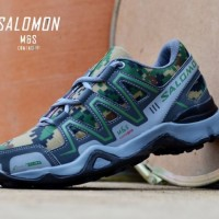 SEPATU GUNUNG TRACKING SALOMON RUNNING OUTDOOR HIKING TRAIL OUTBOND