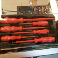 Obeng Elora 1 set Screwdrivers