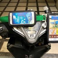 Holder Handphone Sepeda motor. Holder Hp Motor. Holder Gps Motor.Pouch