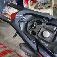 HONDA VARIO 125 LAMA BRACKET BOX MOTOR ALMUNIUM RINGAN GIVI SHAD KMI