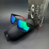 sunglasses O4kley jupiter squared titanium black red blue jade polariz