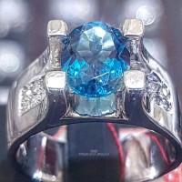 Cincin Emas Putih Batu Blue Topaz London Dan Berlian Eropa
