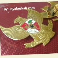 Pin Garuda ukuran tanggung, mikron emas