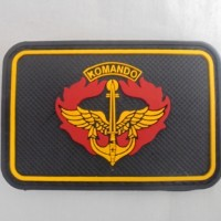 Patch rubber logo KOMANDO