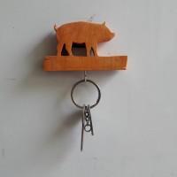 Tempat Gantungan Kunci Mini Gambar Hewab Babi dari Kayu Pinus