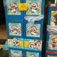 Lemari Plastik Naiba Gantung Susun 4 Motif Doraemon
