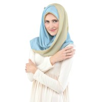 Two Sided Triangle Hijab 060 Soft Blue Gold - Promo