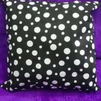 Jual sarung bantal sofa 40x40 -kimo online shop- bantal pita-hiasan dinding Murah