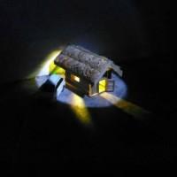 Lampu Tidur Hias Miniatur Rumah Gubuk Kado Pajangan Meja Unik