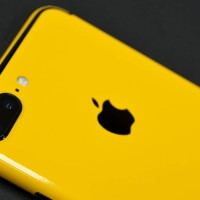 GARSKIN IPHONE 7 PLUS 3M YELLOW GLOSSY  LIMITED EDITION ORIGINAL USA1